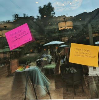 post its on window